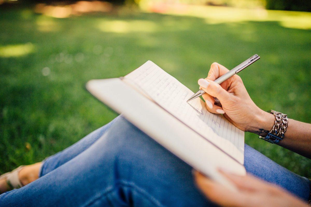 Ein Buch schreiben zum Geld verdienen
